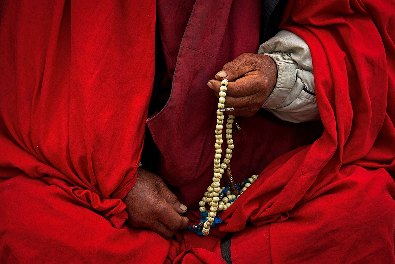Buddhist hands and prayer beads / malas, Buthan ©2017